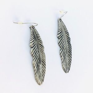 New!Native American Feather Dangle Earrings Silver